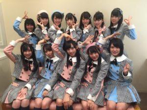 AKB48のチーム8 富士山麓で結成5周年記念ライブ